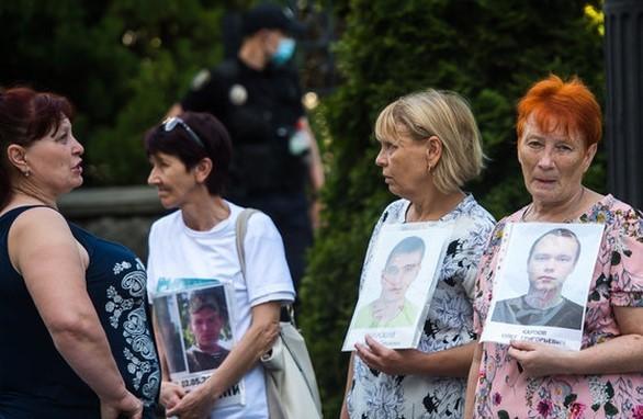 Пропагандистка Семерикова пыталась завербовать даже матерей АТОвцев, которые исчезли или погибли