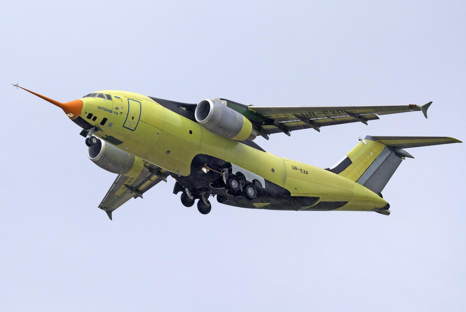 Фото: Запчасти на легендарный Ан-178 будут покупать в Китае, Канаде и США